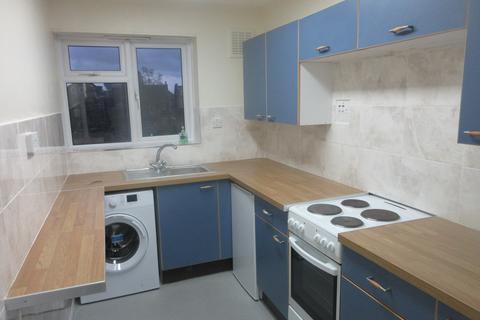 1 bedroom flat to rent - Hillboro Court, Leytonstone, London E11