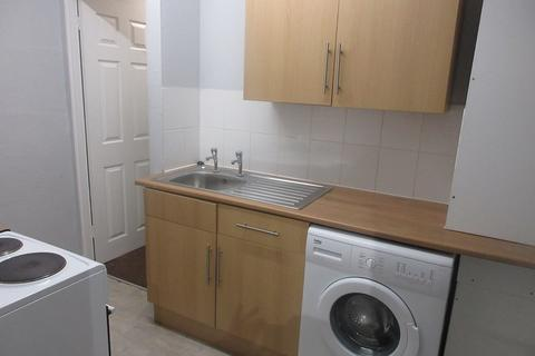 1 bedroom apartment to rent - Lyndhurst Drive E10