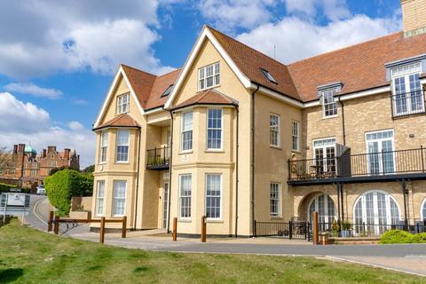 3 bedroom apartment for sale - Felixstowe - Fenn Wright Signature