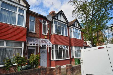 4 bedroom terraced house for sale - Caledon Road, East Ham