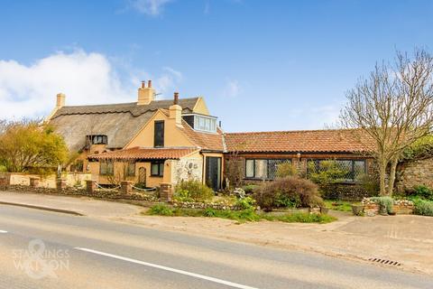 4 bedroom detached house for sale - Coast Road, Walcott, Norwich