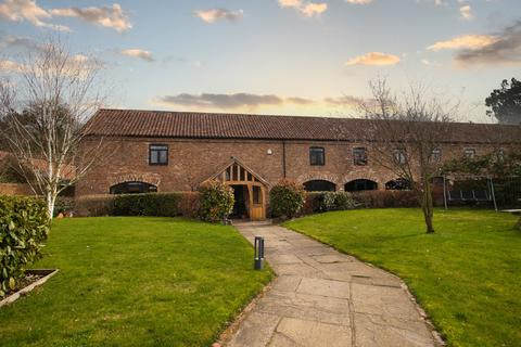 5 bedroom barn conversion for sale - Wold Newton, Driffield