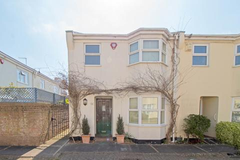 3 bedroom mews to rent - Marlborough Mews, Brighton