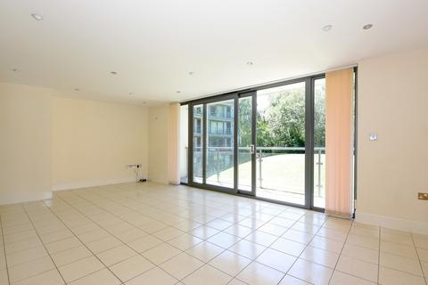 2 bedroom flat for sale - The Crescent, Gloucester Road, Cheltenham
