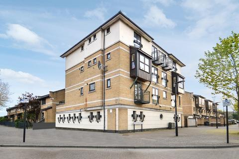 2 bedroom flat for sale - West Lodge, Silvertown E16