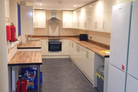 5 bedroom terraced house to rent - Empress Road, Liverpool