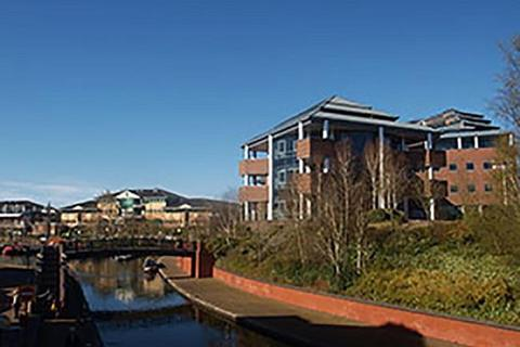 Studio to rent - Waterfront West, Brierley Hill