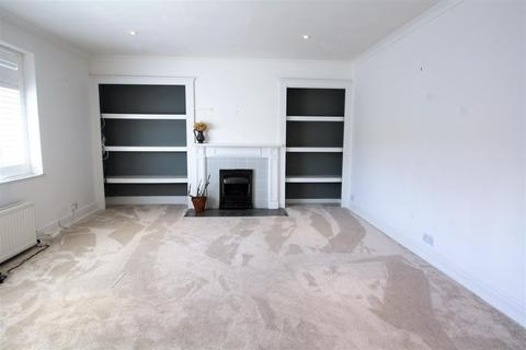 3 bedroom flat for sale - High Street, Henfield
