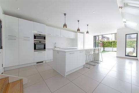 4 bedroom terraced house for sale - Berber Road, London, SW11