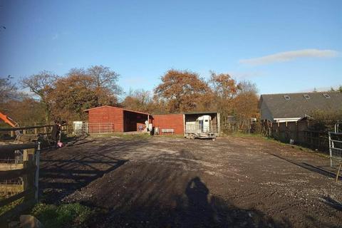 Smallholding for sale - Heol Dinefwr, Foelgastell