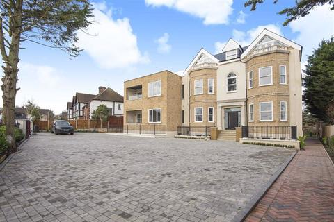 3 bedroom apartment to rent - 52 Rowantree Road, Enfield