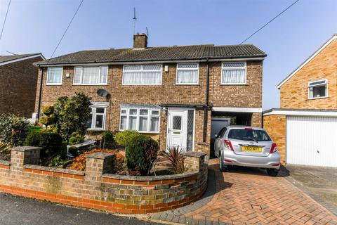 4 bedroom semi-detached house for sale - Saxondale, Anlaby Common, HULL