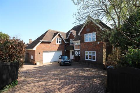 4 bedroom detached house for sale - Maur Close, Central Chippenham
