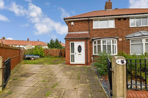 3 bedroom semi-detached house for sale - 28th Avenue, Hull