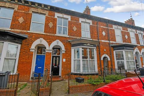 6 bedroom terraced house for sale - Morpeth Street, Hull