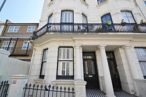 3 bedroom maisonette to rent - Chichester Place, Brighton, BN2 1FF
