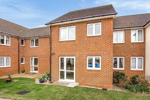 1 bedroom retirement property for sale - Buckingham Court, Shrubbs Drive, Middleton On Sea, Bognor Regis, PO22