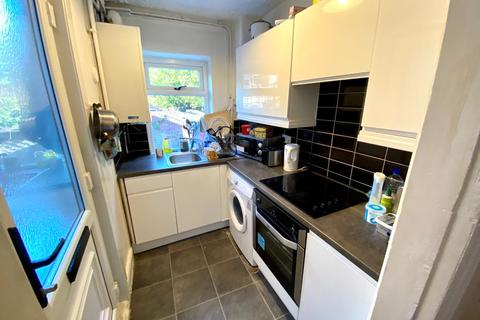 3 bedroom terraced house to rent - 804 Ecclesall Road, For Sharers, Sheffield, S11 8TD
