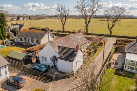3 bedroom detached bungalow for sale - 2 Lambourn, Wolfhill, Perth PH2
