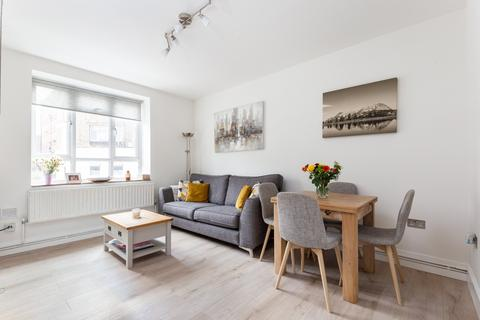 2 bedroom flat for sale - Nelsons Row, Clapham, SW4