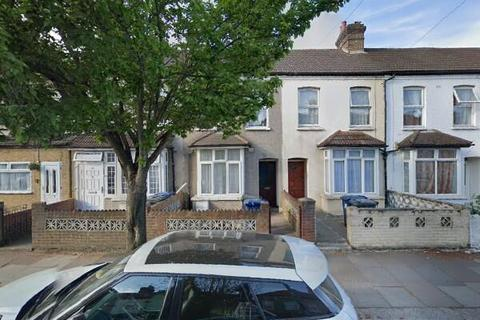 4 bedroom terraced house to rent - SOUTHALL, UB2