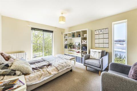 1 bedroom flat for sale - Wellington Lodge, 25a Denton Street, London