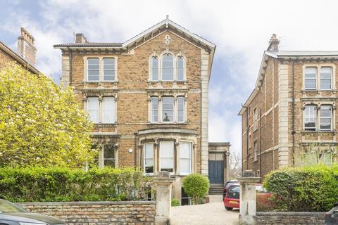 3 bedroom flat to rent - Pembroke Road, Clifton, BS8