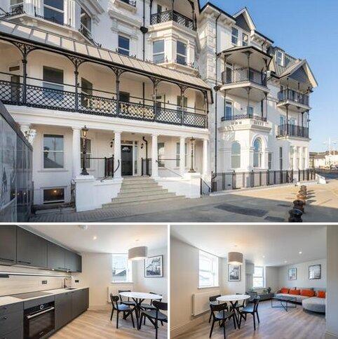 1 bedroom apartment for sale - The Royal, The Esplanade, Bognor Regis, West Sussex. PO21 1GH