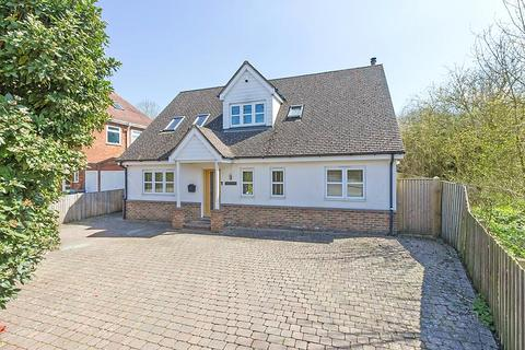 4 bedroom detached house for sale - Maidstone Road, Borden, Sittingbourne, ME9