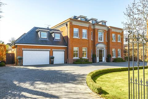 6 bedroom detached house for sale - Leys Road, Oxshott, Surrey, KT22