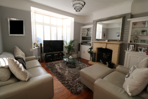 5 bedroom semi-detached house for sale - Thornsbeach Road , Catford , London  SE6