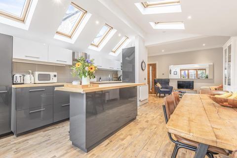 3 bedroom terraced house for sale - Kenlor Road, Tooting
