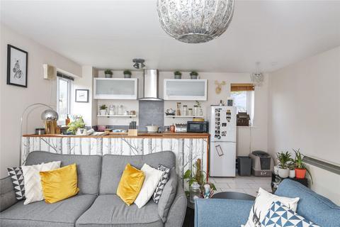 2 bedroom apartment for sale - Harlinger Street, Woolwich, SE18