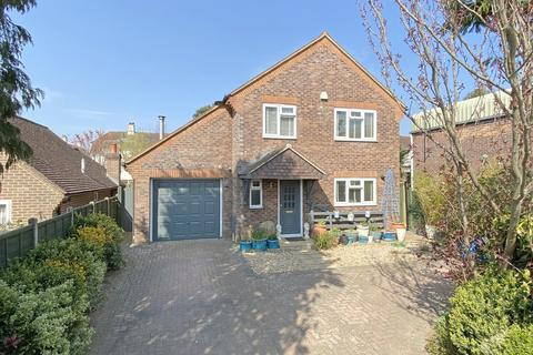 3 bedroom detached house for sale - Petworth, West Sussex