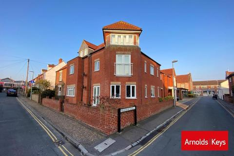 3 bedroom apartment for sale - Melbourne Road, Sheringham