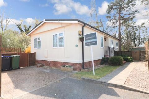 3 bedroom mobile home for sale - Orchards Residential Park - Over 45's