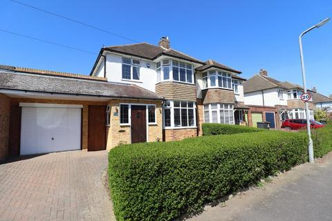 3 bedroom semi-detached house for sale - Greenways, Putteridge, Luton, Bedfordshire, LU2 8BL