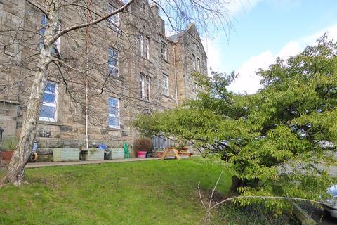 3 bedroom flat to rent - Castle Court, Stirling