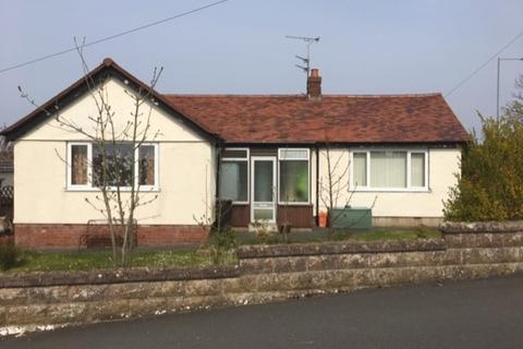 2 bedroom detached bungalow for sale - Ffordd Isa, Prestatyn