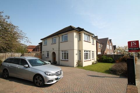 4 bedroom detached house for sale - Upper Brighton Road, Worthing BN14 9JA