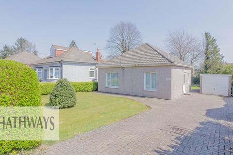 2 bedroom detached bungalow for sale - Penllyn Avenue, Cwmbran