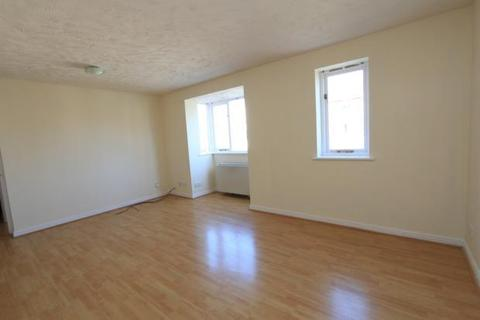 2 bedroom flat to rent - Chandlers Drive, Erith