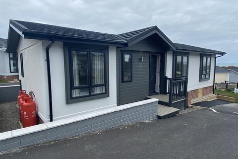 2 bedroom bungalow for sale - Schooner Parc, New Quay
