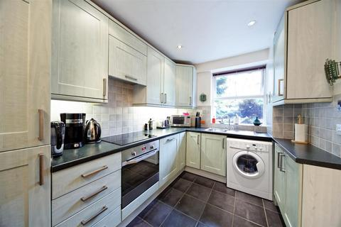 2 bedroom flat to rent - Milk Yard, London