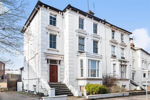 2 bedroom apartment for sale - St. James Road, Surbiton
