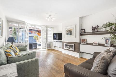 4 bedroom terraced house for sale - Brinton Walk, Southwark
