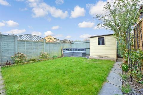 3 bedroom terraced house for sale - Castlewood Road, Southwater, Horsham, West Sussex
