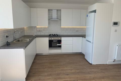 2 bedroom apartment to rent - Whitton Avenue West, Greenford