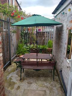 6 bedroom terraced house to rent - Gerald Road, M6