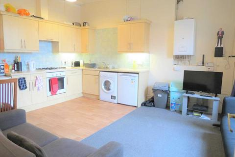 3 bedroom apartment to rent - Wimborne Road, Winton, Bournemouth